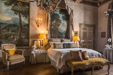 The Napoleone suite in Residenza Napoleone III luxury boutique hotel in Rome